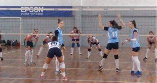 garotas disputando uma partida de vôlei em Barueri