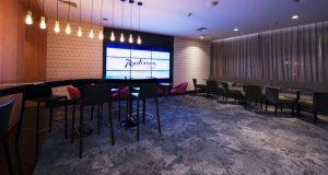bar do hotel Radisson Alphaville