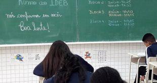 alunos de Barueri realizam simulado para a prova do Ideb