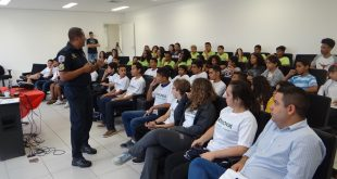 guarda civil dá palestra do Programa de Ações Preventivas da Guarda Civil de Barueri