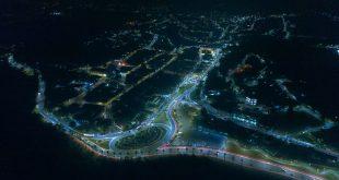 vista aérea noturna de Santana de Parnaíba com a iluminação pública de LED bem visível nas ruas