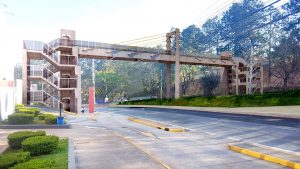 perspectiva artística da Avenida Yojiro Takaoka com a passarela