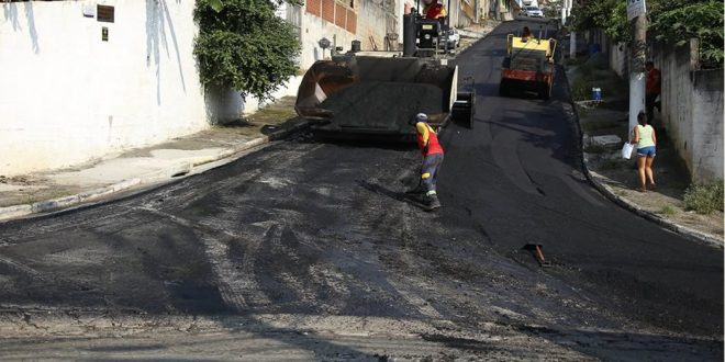 Prefeitura chega à marca de 200 km de vias pavimentadas