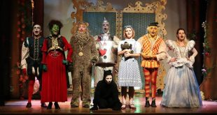 O Mágico de Oz encanta crianças e adultos
