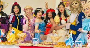 """""""Café da Manhã + Teatro: Princesas e Contos"""" é atração na Sala de Espetáculos de Barueri"""