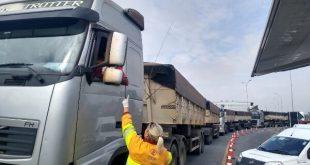 CCR ViaOeste e CCR RodoAnel distribuíram  15 mil kits de higiene e marmitas em maio