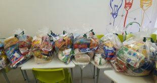 Postos de vacinação de Barueri recebem doação de alimentos e produtos de higiene